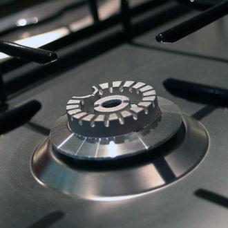 Советы как очистить плиту от нагара и жира